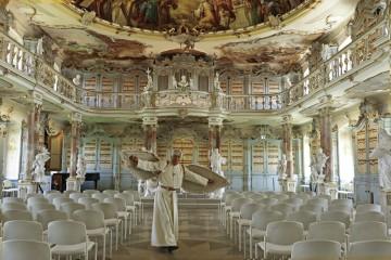 Auf Tour mit dem fliegenden Pater Mohr im Kloster Schussenried
