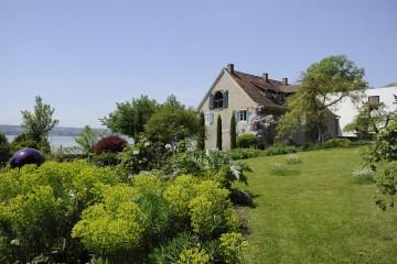 Stiegeler Park Konstanz mit altem Torkel (heute Wohnhaus)