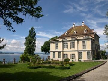 Schloss Arenenberg am Schweizer Seeufer