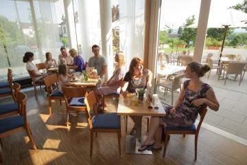 Das Café VIS À VIS