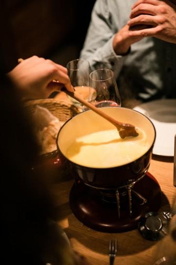 Käse und Wein im Duett