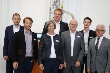 Die sechs mia-Nominierten und motan-Geschäftsführerin Sandra Füllsack / The six MIA nominees and motan CEO Sandra Füllsack