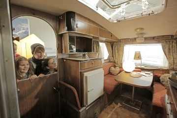 Blick ins Innere eines der ersten Wohnautos