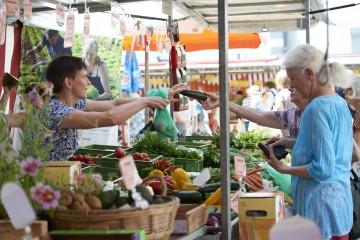 Ein Stand auf dem Radolfzeller Wochenmarkt
