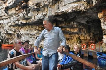 Die Tropfsteinhöhle Melissani