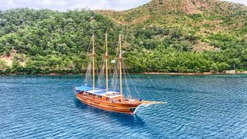 Stolzer Dreimaster der türkischen Bahriyeli-Flotte